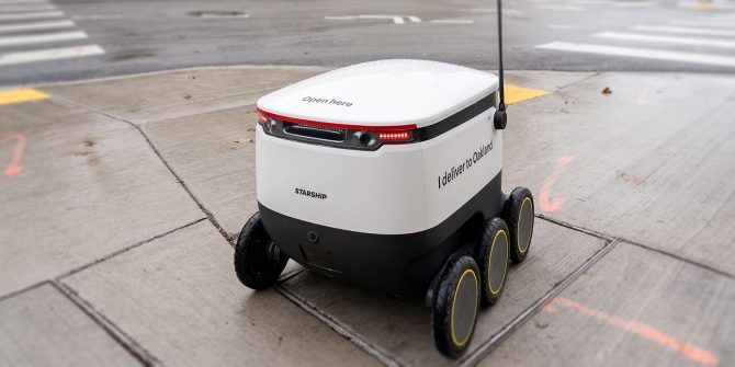 delivery-robots-work